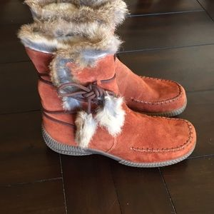 Rieker fur-lined leather boots